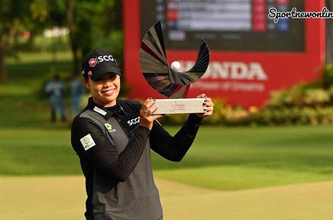เอรียา โปรกอล์ฟสาวไทยคนแรกคว้าแชมป์ฮอนด้า แอลพีจีเอ ไทยแลนด์